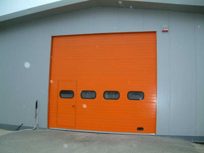 Ovitor Operator for sectional doors