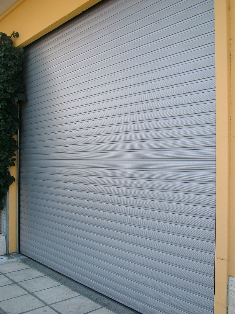 ROLLING SHUTTER WITH POLYRETHAN